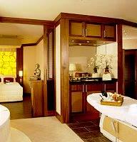 Spa-Suite mit Sauna & Whirlwanne