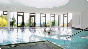 Das moderne Schwimmbad