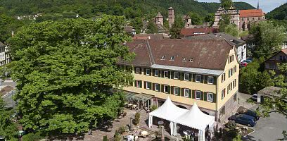 Hotel - Terrasse / Klosterruine