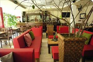 Speisesaal mit Bar