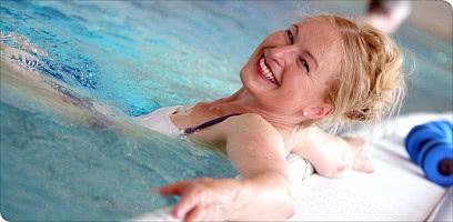 Entspannungsbad im Schwimmbad