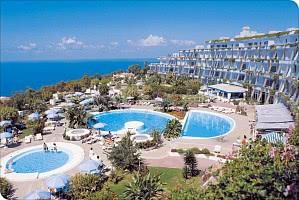 Hotel mit Poollandschaft