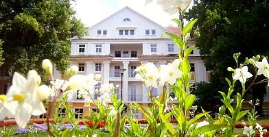 Das Hotel in Bad Liebenstein im Sommer