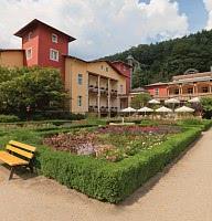 Hotelansicht mit Villa Sendig und Königsvilla