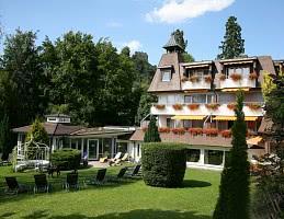 Hotel / Gartenansicht