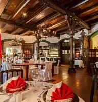 Denkmalgeschütztes Restaurant - Altdeutsche Stuben
