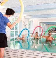 Wassergymnastik im hauseigenen Thermalbad