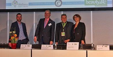 Wellnesstrends 2017. Von links nach rechts: Martin Rätze, Michael Altewischer, Roland Fricke, Christina Eulgem.