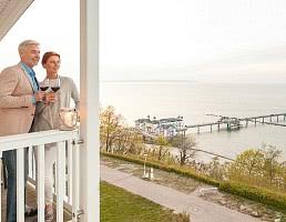 Paar auf Balkon