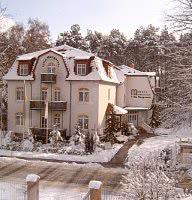 Winterbild der Villa