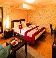 dekoriertes Doppelzimmer